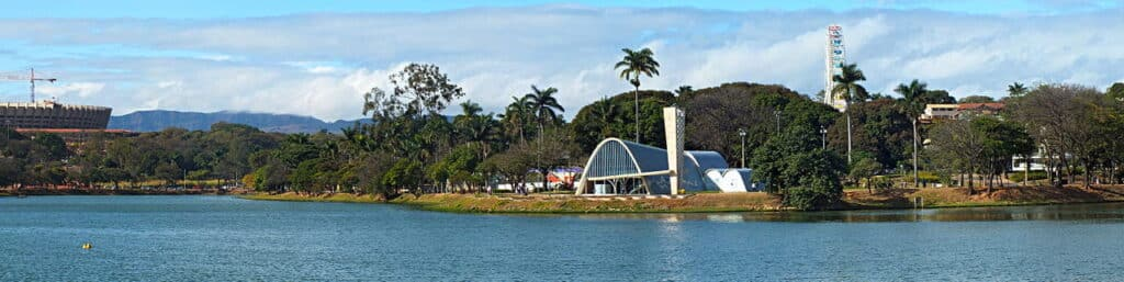 View over Lake Pampulha with its surrounding buildings.