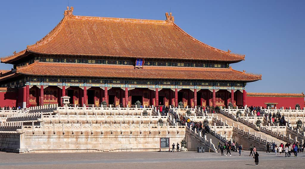 Very large building in traditional Chinese architecture
